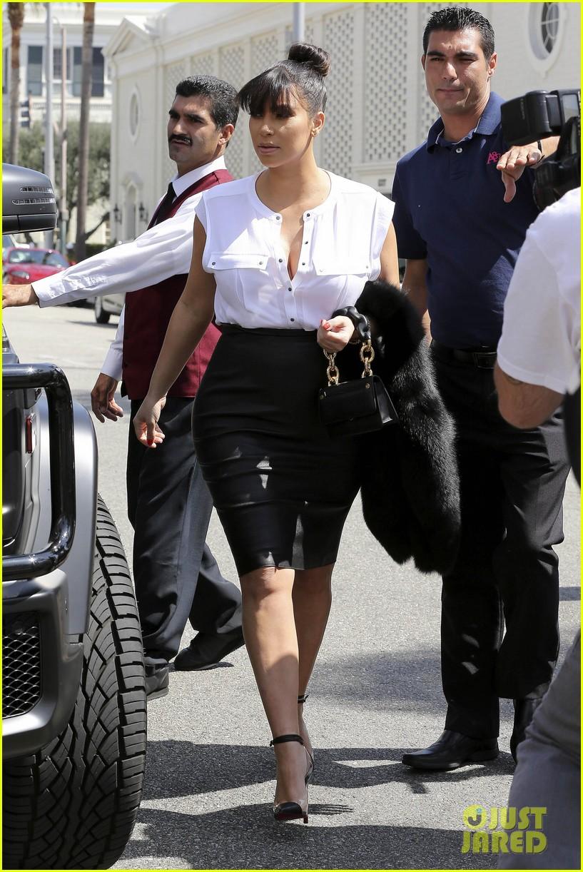 kim kardashian pregnant il pastaio lunch 012835176