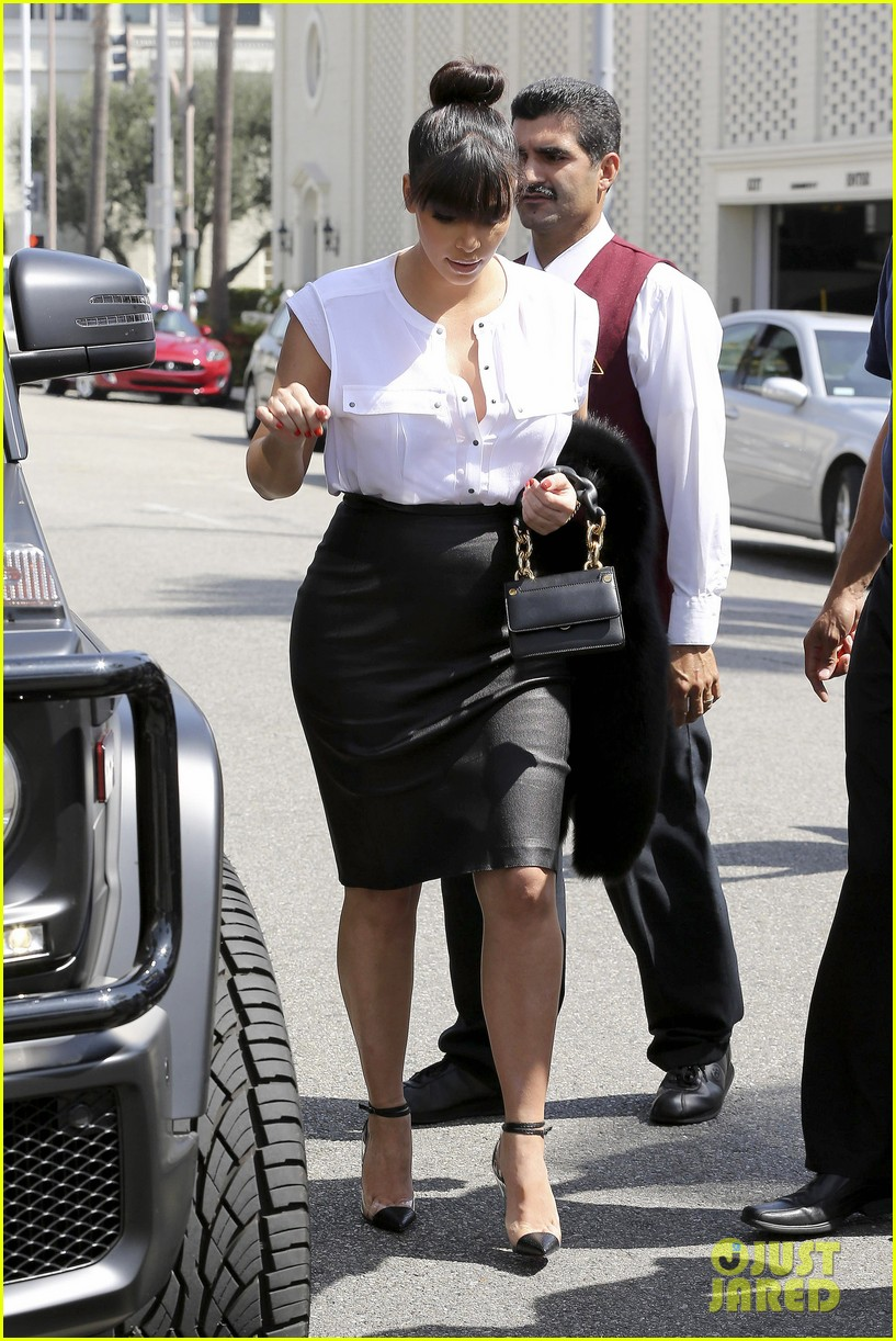 kim kardashian pregnant il pastaio lunch 03