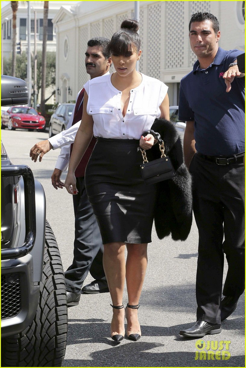 kim kardashian pregnant il pastaio lunch 112835186