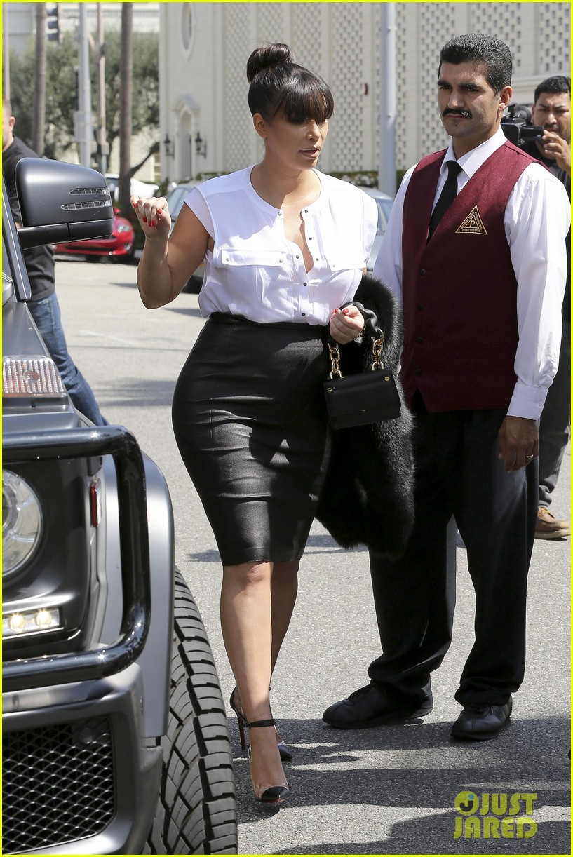 kim kardashian pregnant il pastaio lunch 132835188