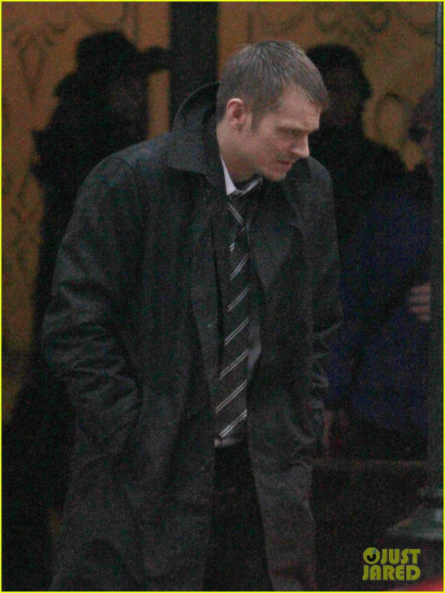 joel kinnaman the killing season 3 starts filming 022825033