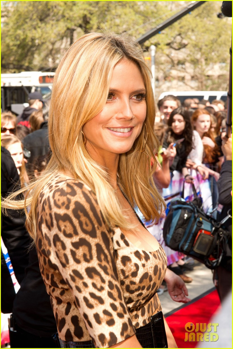 heidi klum mel b americas got talent texas auditions 182834742