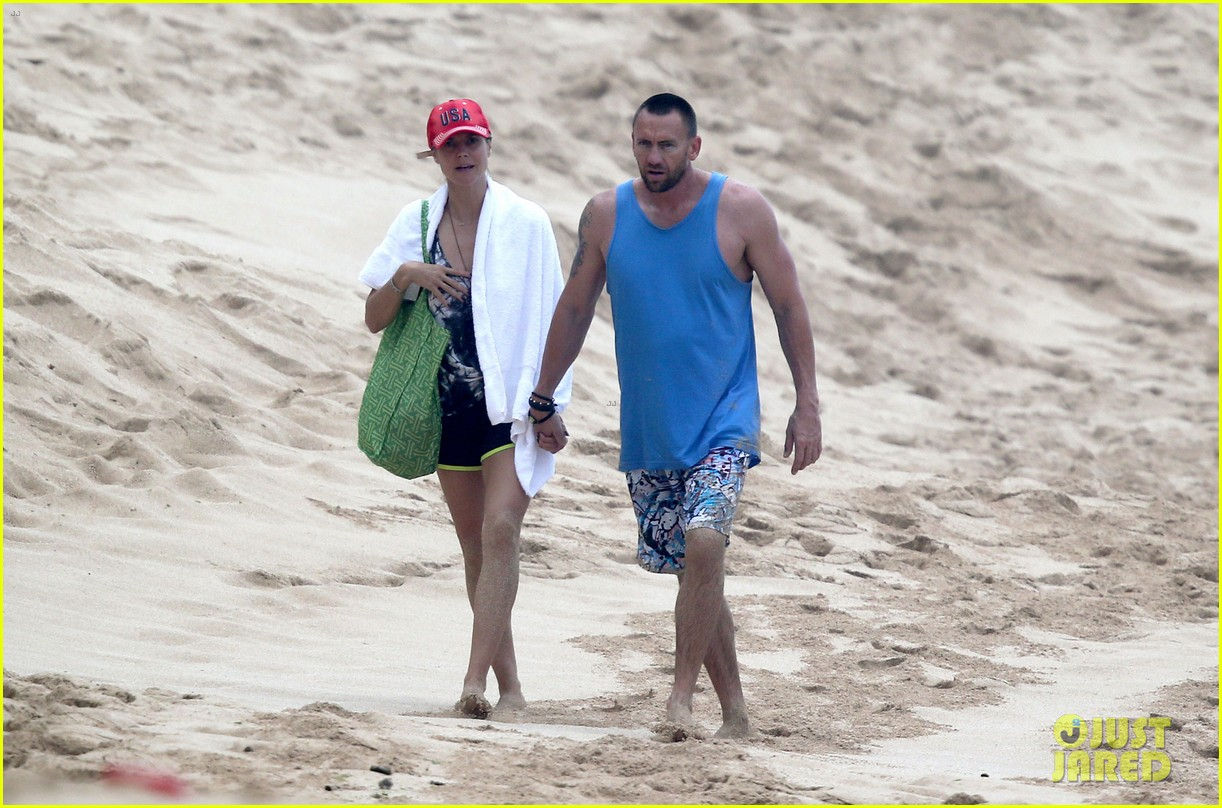 heidi klum martin kirsten hawaii beach day with the family 082838118