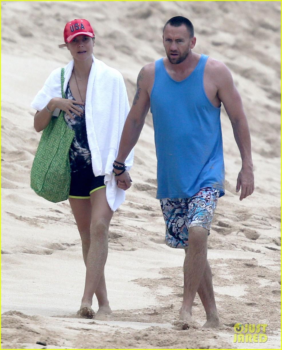 heidi klum martin kirsten hawaii beach day with the family 152838125