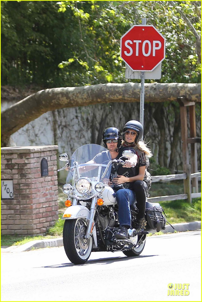 heidi klum martin kirsten brentwood motorcycle ride 01