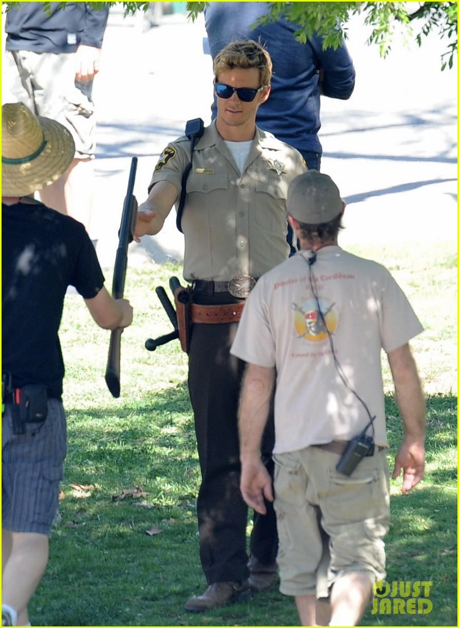 ryan kwanten true blood filming with rutger hauer 05