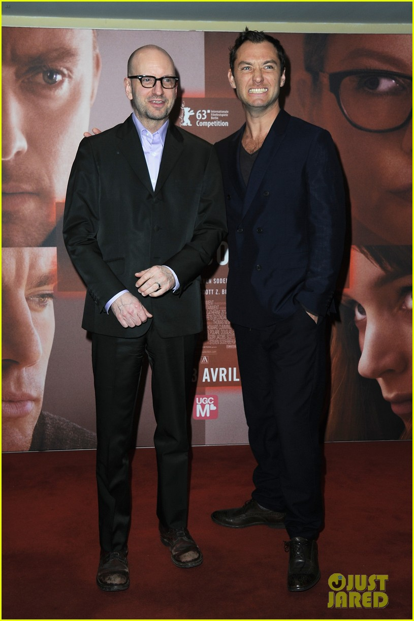 jude law side effects paris premiere 03