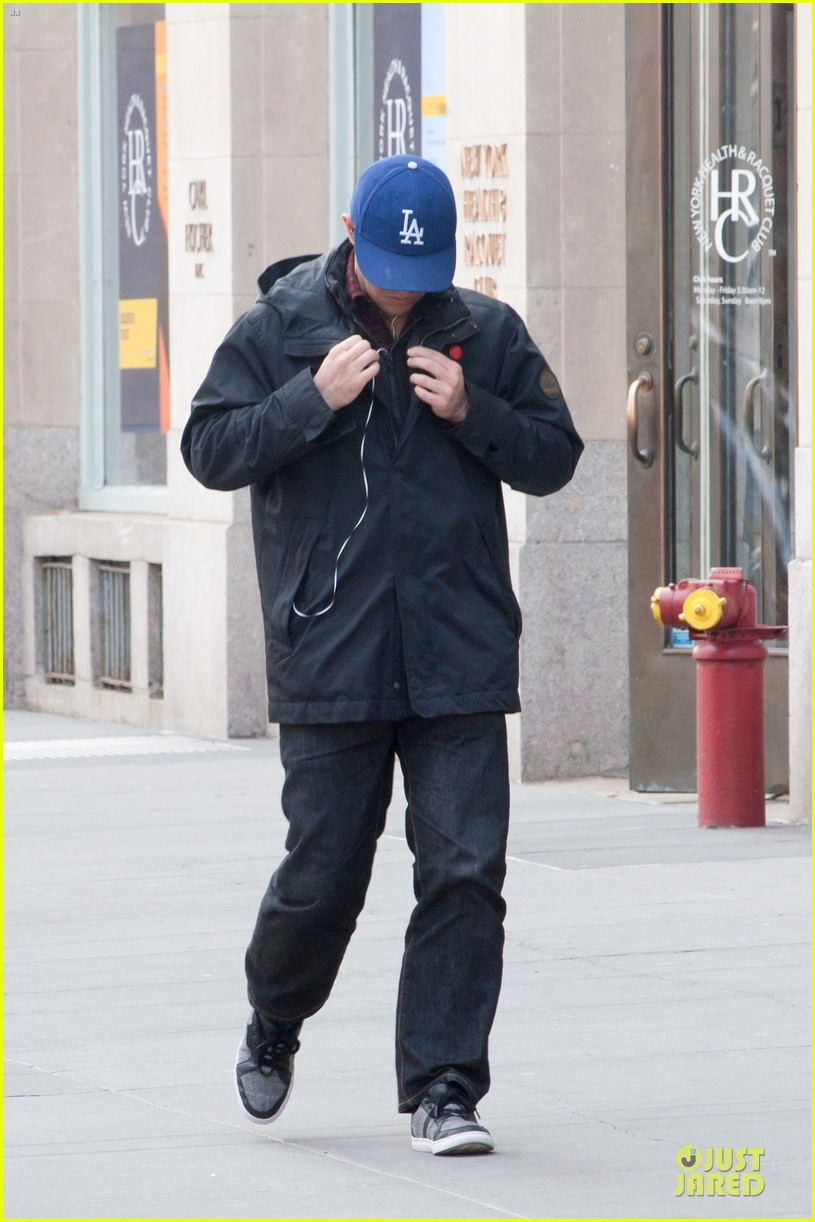 joesph gordon levitt los angeles dodgers love in nyc 062840350