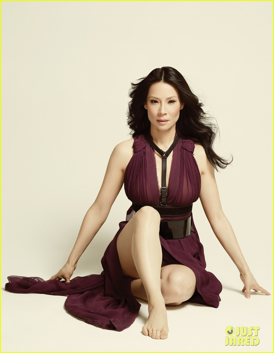 lucy liu covers emmy magazine 04