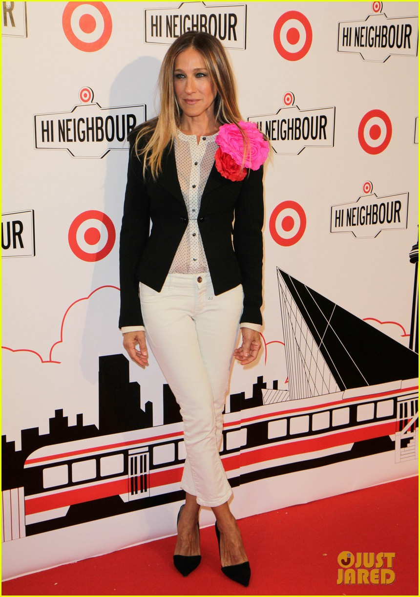 blake lively sarah jessica parker target launch in canada 052838837