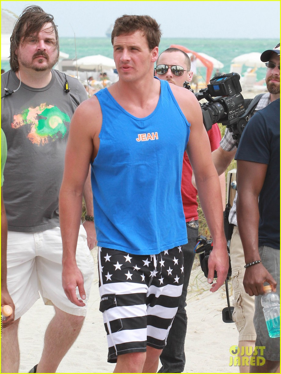 ryan lochte what would ryan lochte do beach filming 172833900