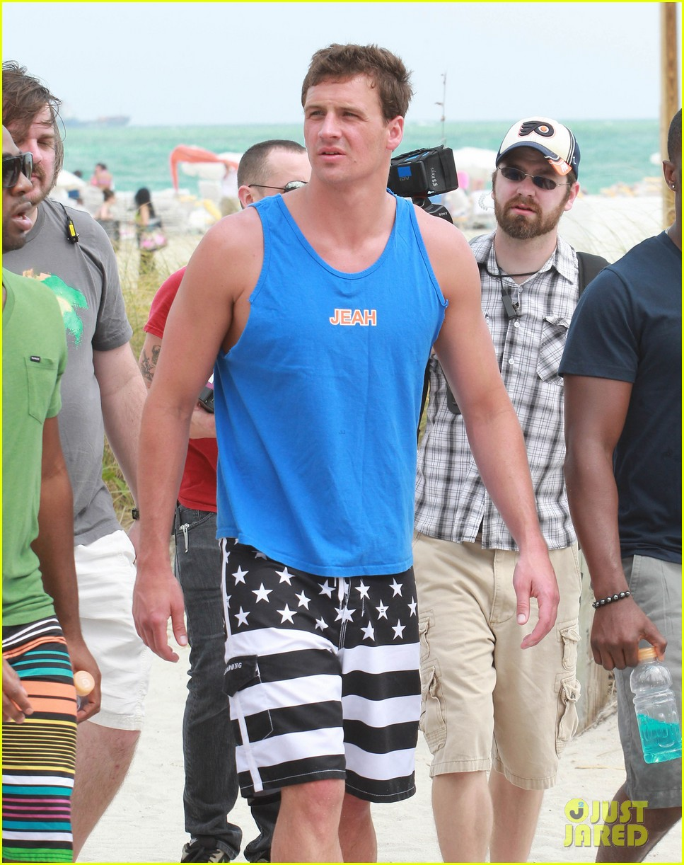 ryan lochte what would ryan lochte do beach filming 182833901
