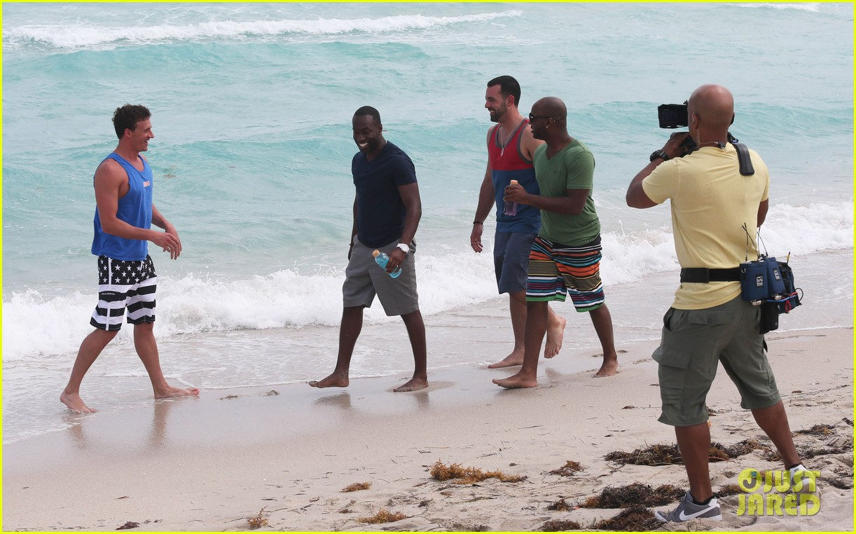 ryan lochte what would ryan lochte do beach filming 19
