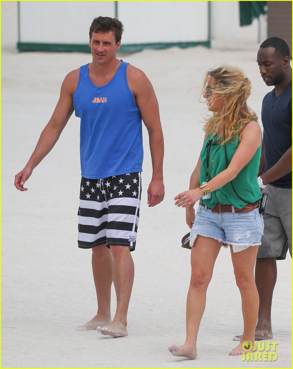 ryan lochte what would ryan lochte do beach filming 342833917