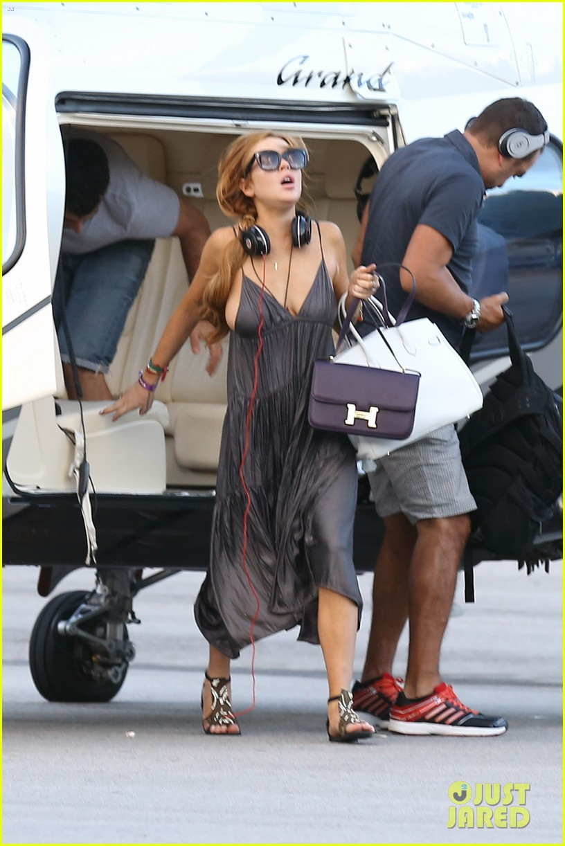 lindsay lohan helicopter ride dj night in brazil 272840833