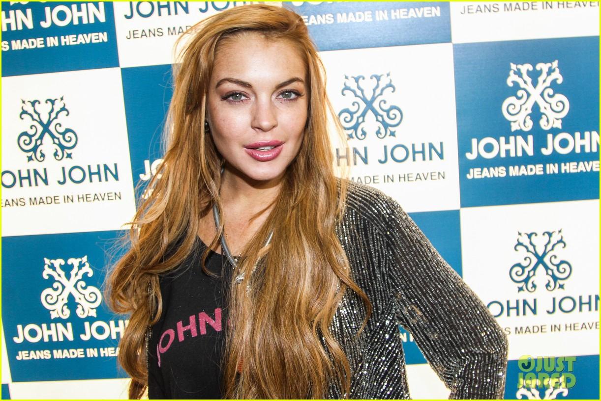 lindsay lohan john john promo in brazil 062839868