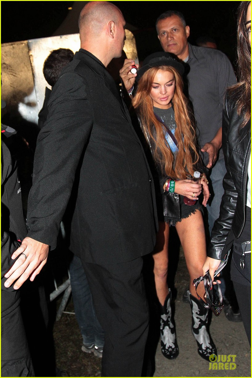 lindsay lohan late show with david letteraman in april 012840230