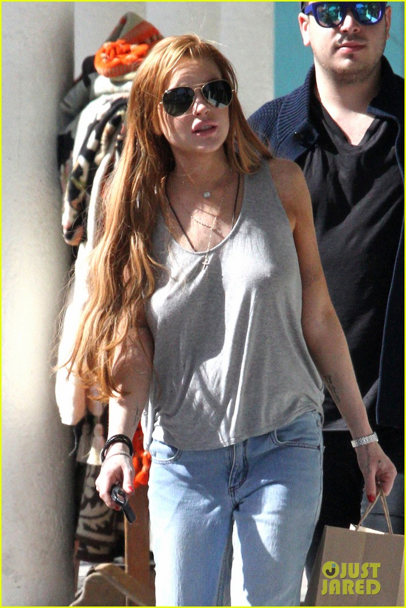 lindsay lohan shopping after court sentencing 022835691