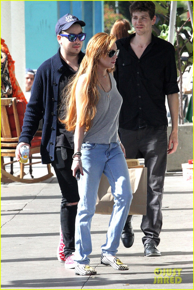 lindsay lohan shopping after court sentencing 052835694