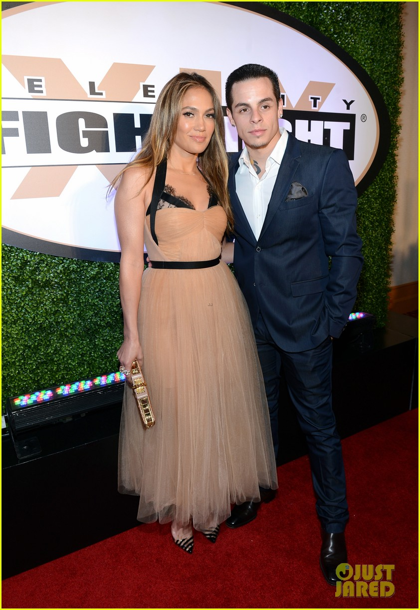 jennifer lopez celebrity fight night with casper smart 162836619