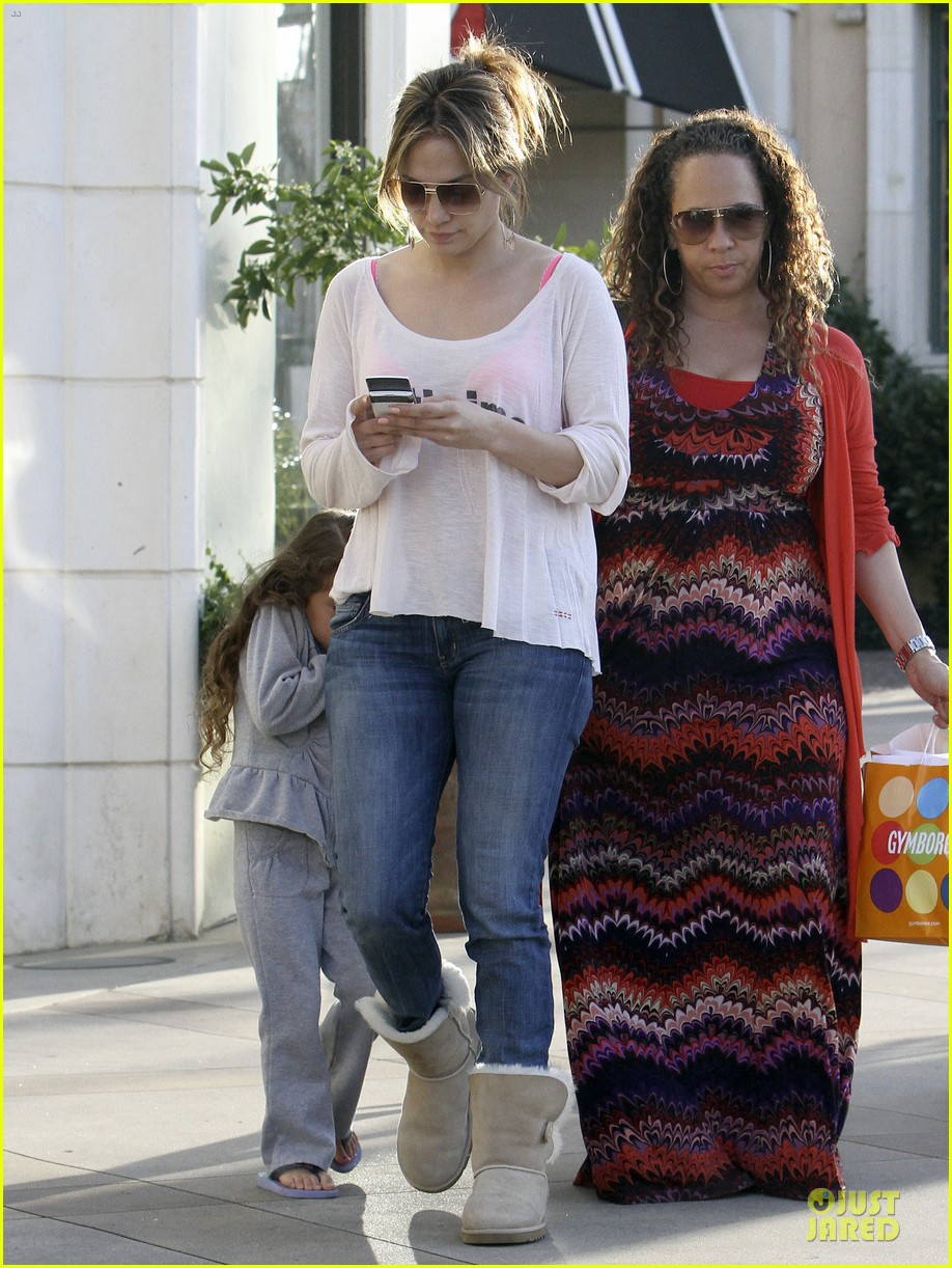 jennifer lopez casper smart surprise with roxy 142831437