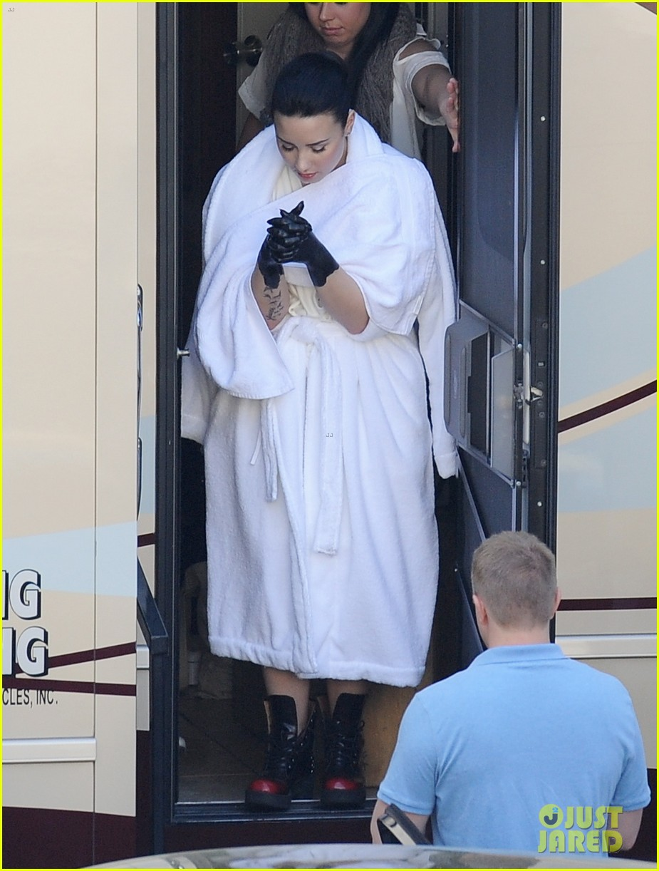 demi lovato black painted hands on heart attack video set 072830969