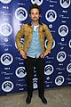 isabel lucas justin chatwin world water day exhibition 03