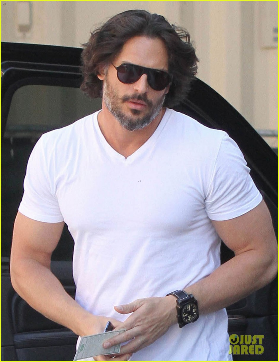 joe manganiello fitness book to be released in 2014 022823936