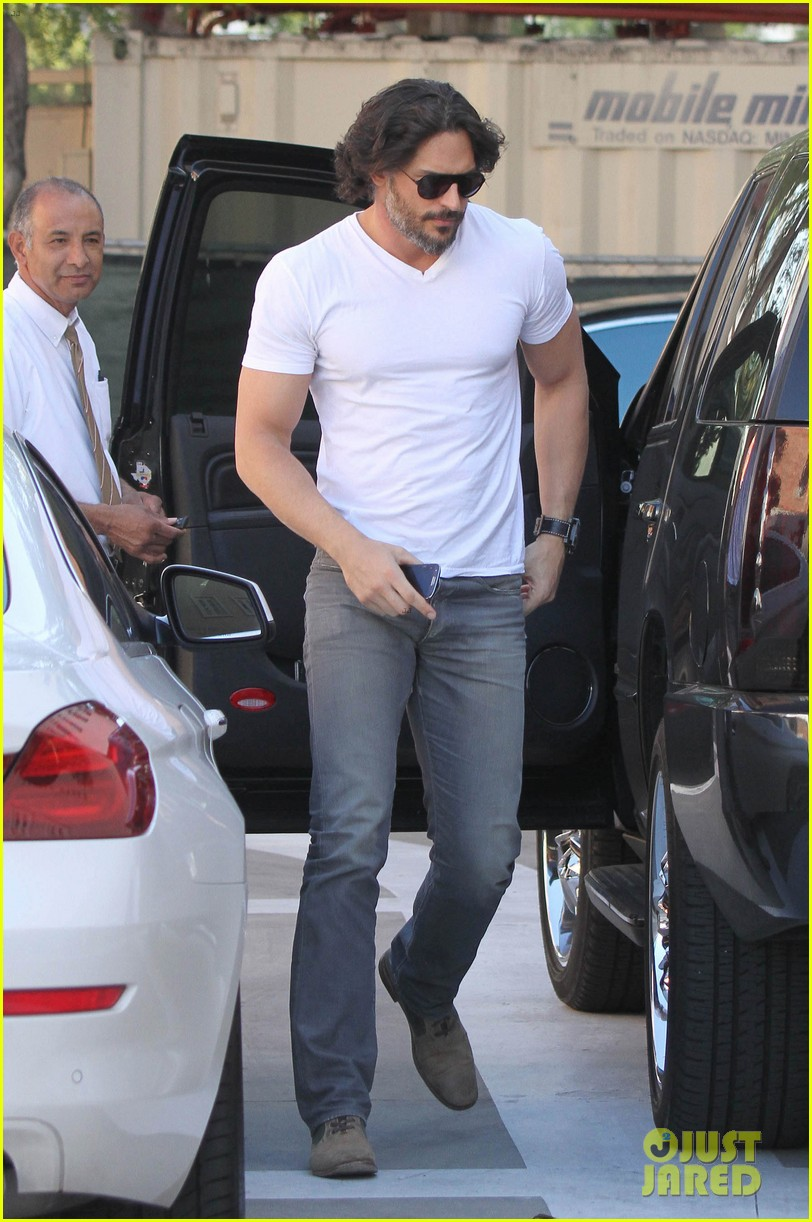 joe manganiello fitness book to be released in 2014 032823937