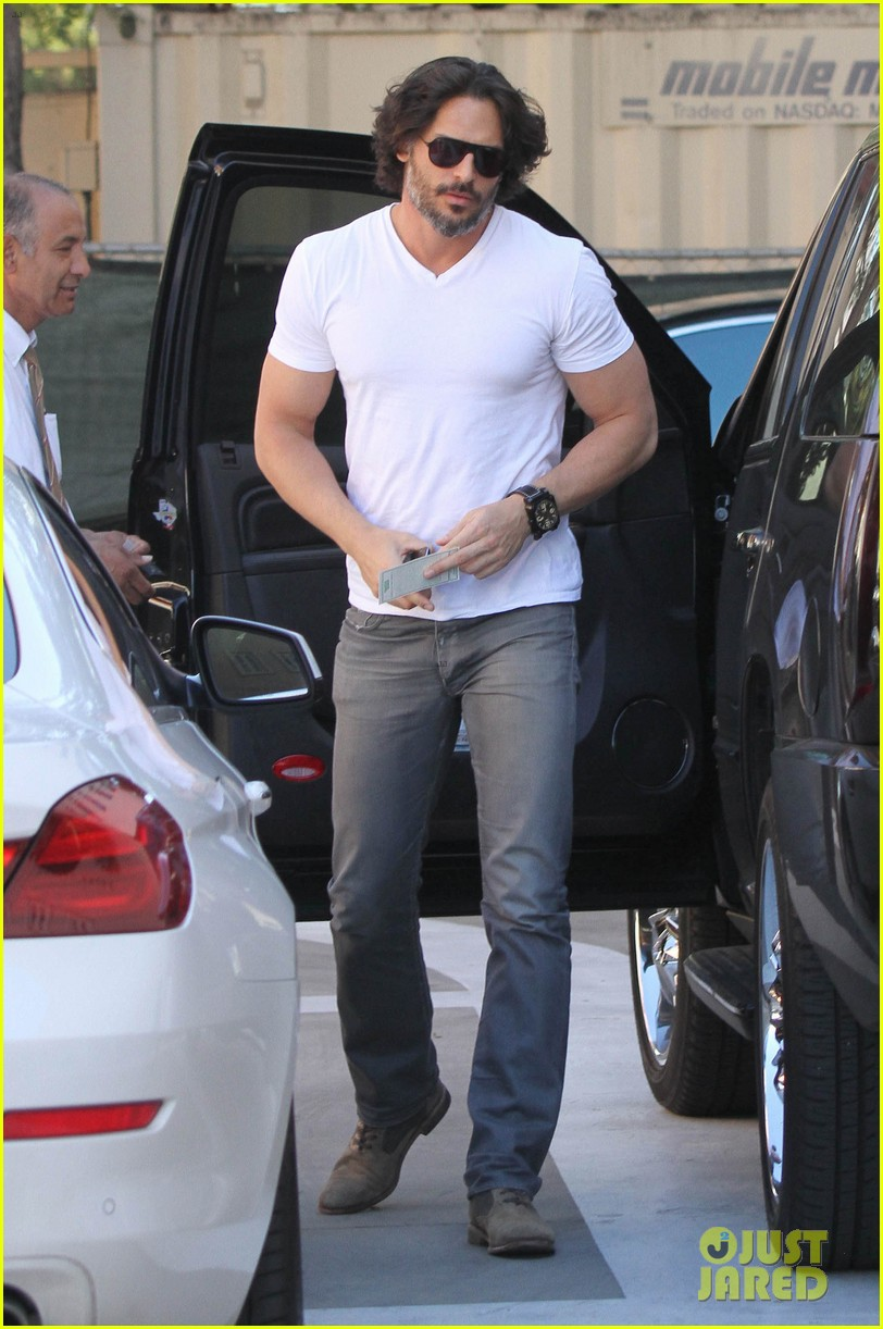 joe manganiello fitness book to be released in 2014 042823938