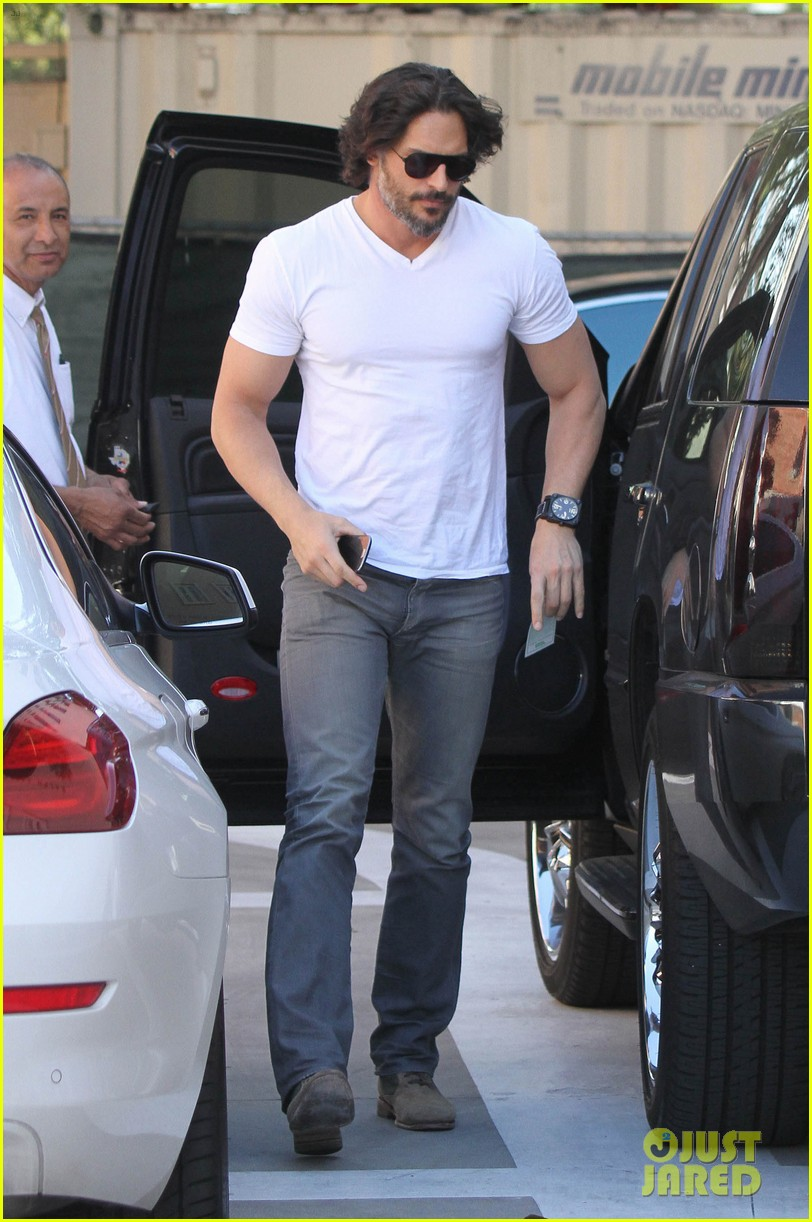 joe manganiello fitness book to be released in 2014 082823942