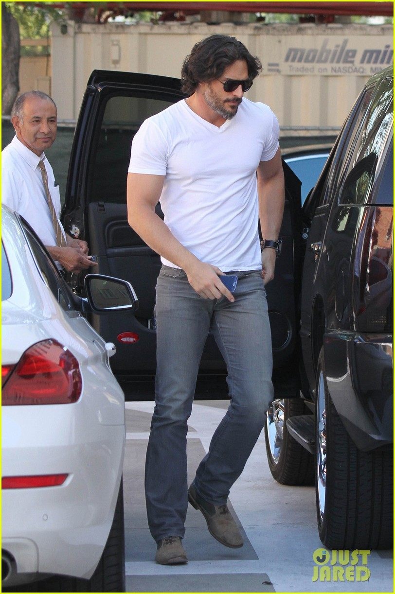 joe manganiello fitness book to be released in 2014 092823943