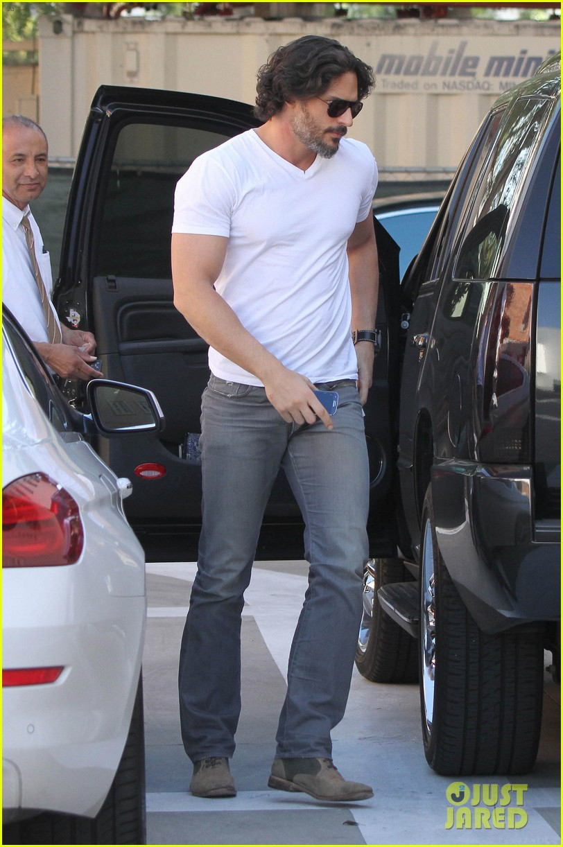 joe manganiello fitness book to be released in 2014 102823944