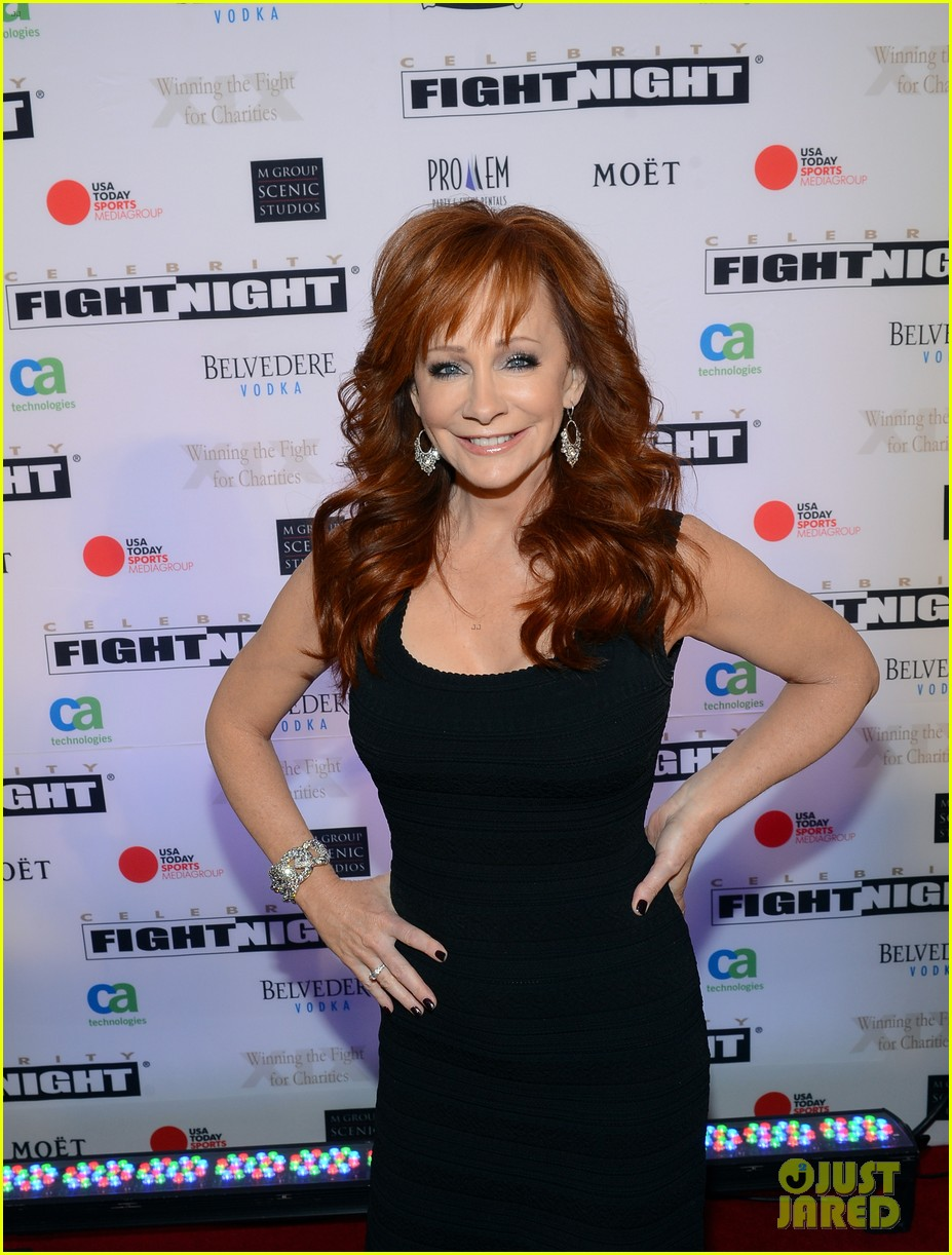 joe manganiello celebrity fight night with bridget peters 082836694