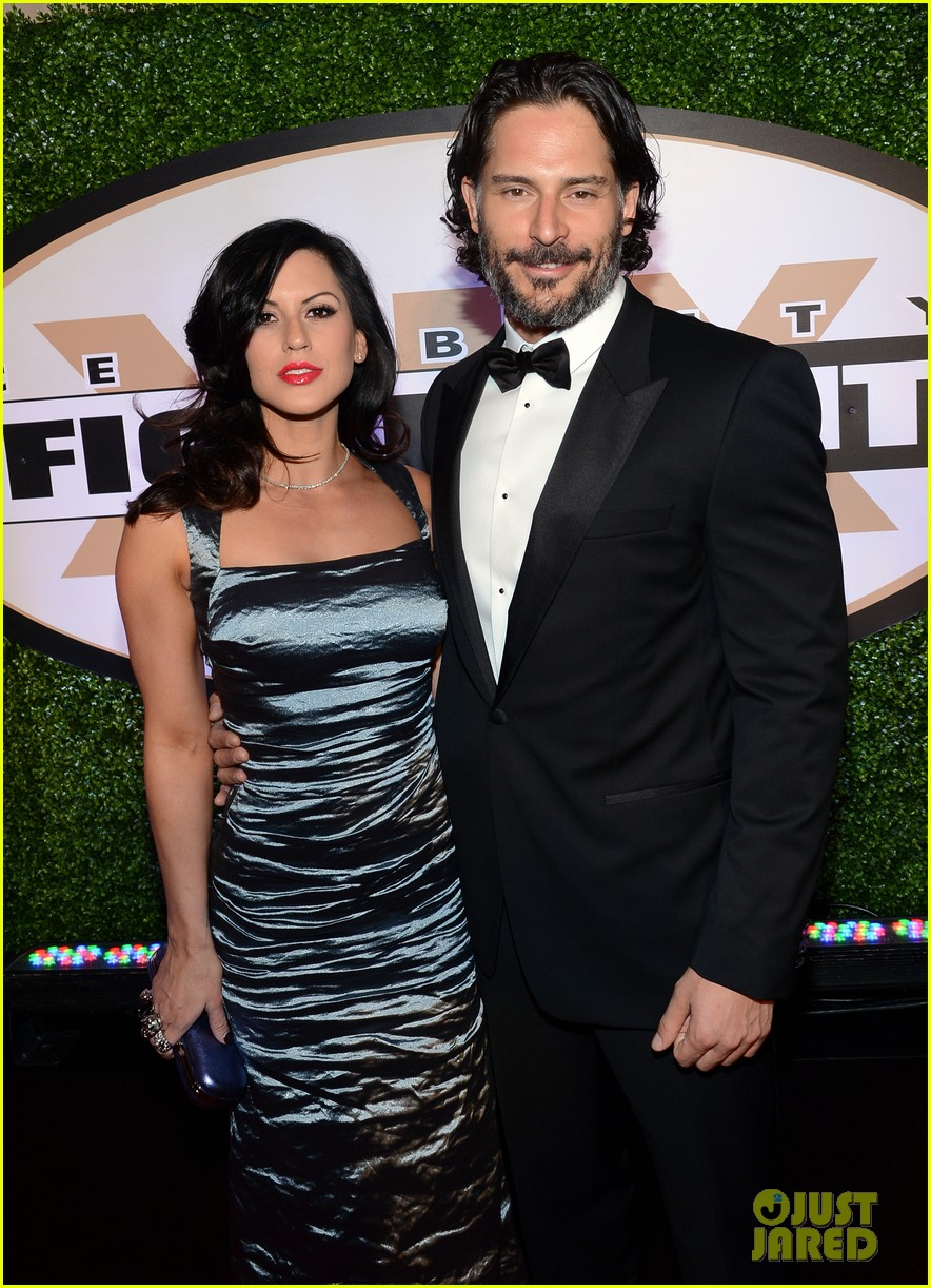 joe manganiello celebrity fight night with bridget peters 17