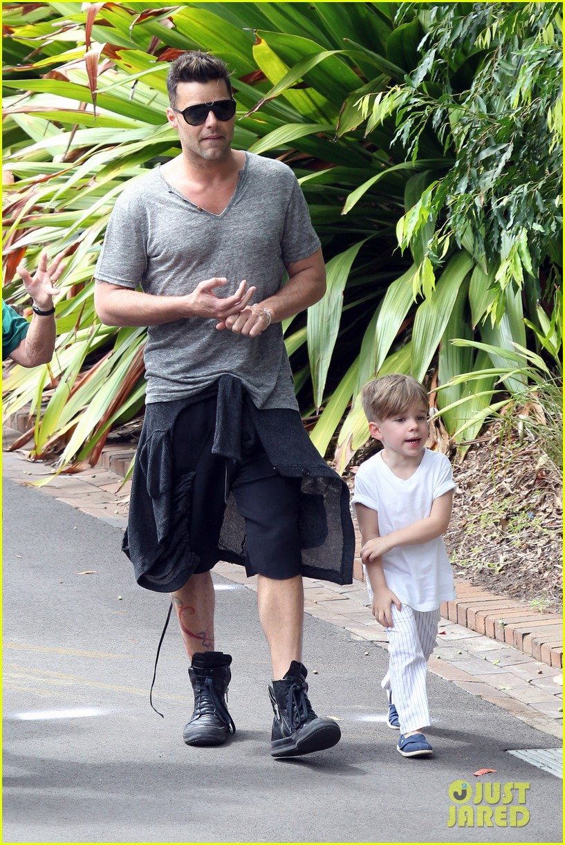 ricky martin taronga zoo with matteo and valentino 11