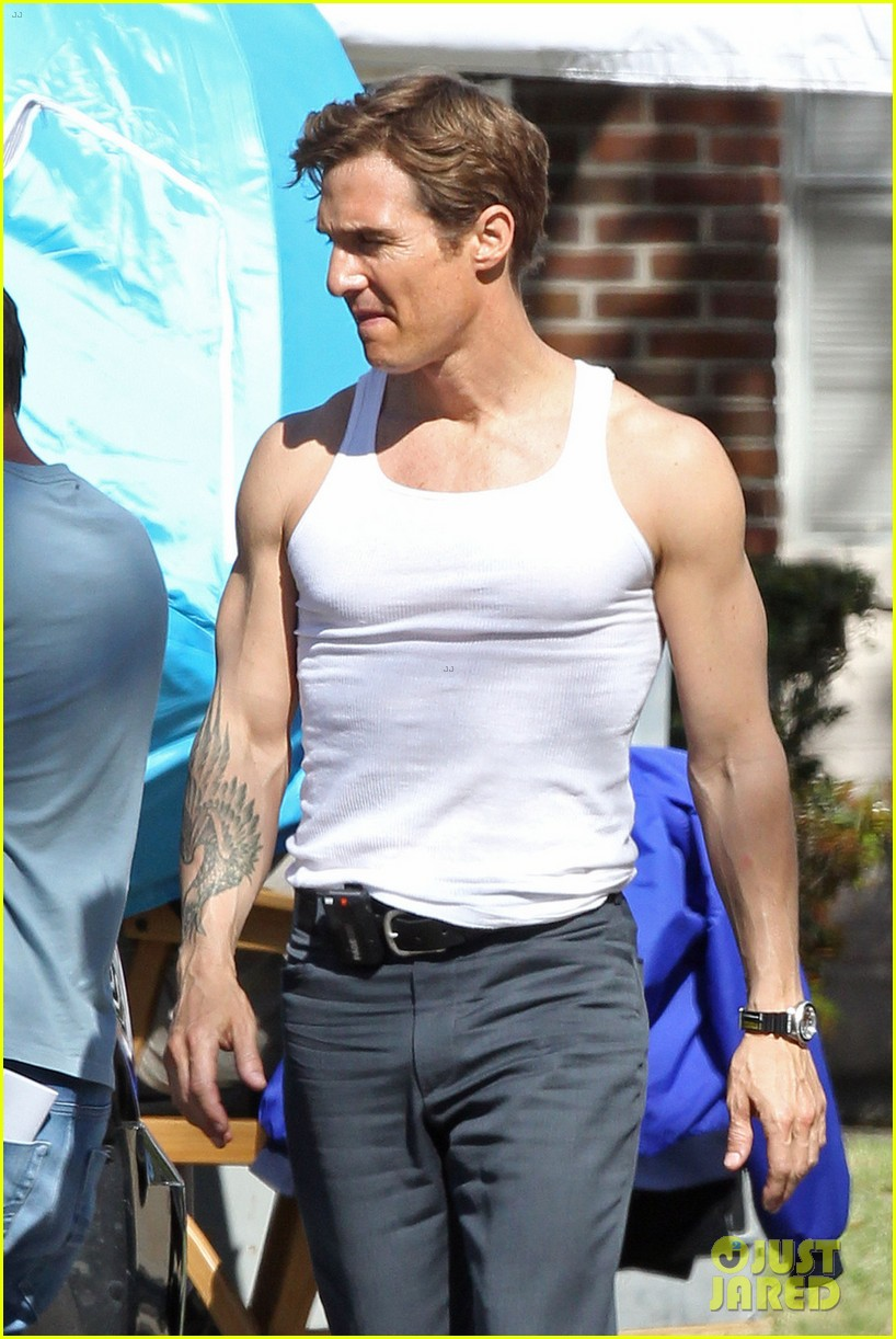 matthew mcconaughey true detectives gun show 14