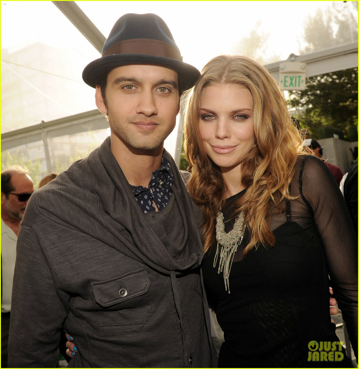 annalynne mccord shenae grimes 90210 wrap party 062824830