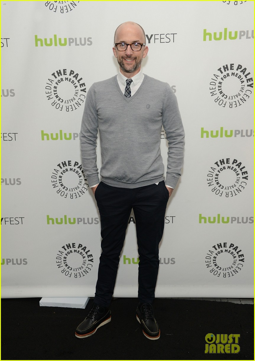 joel mchale alison brie paleyfest with community cast 11