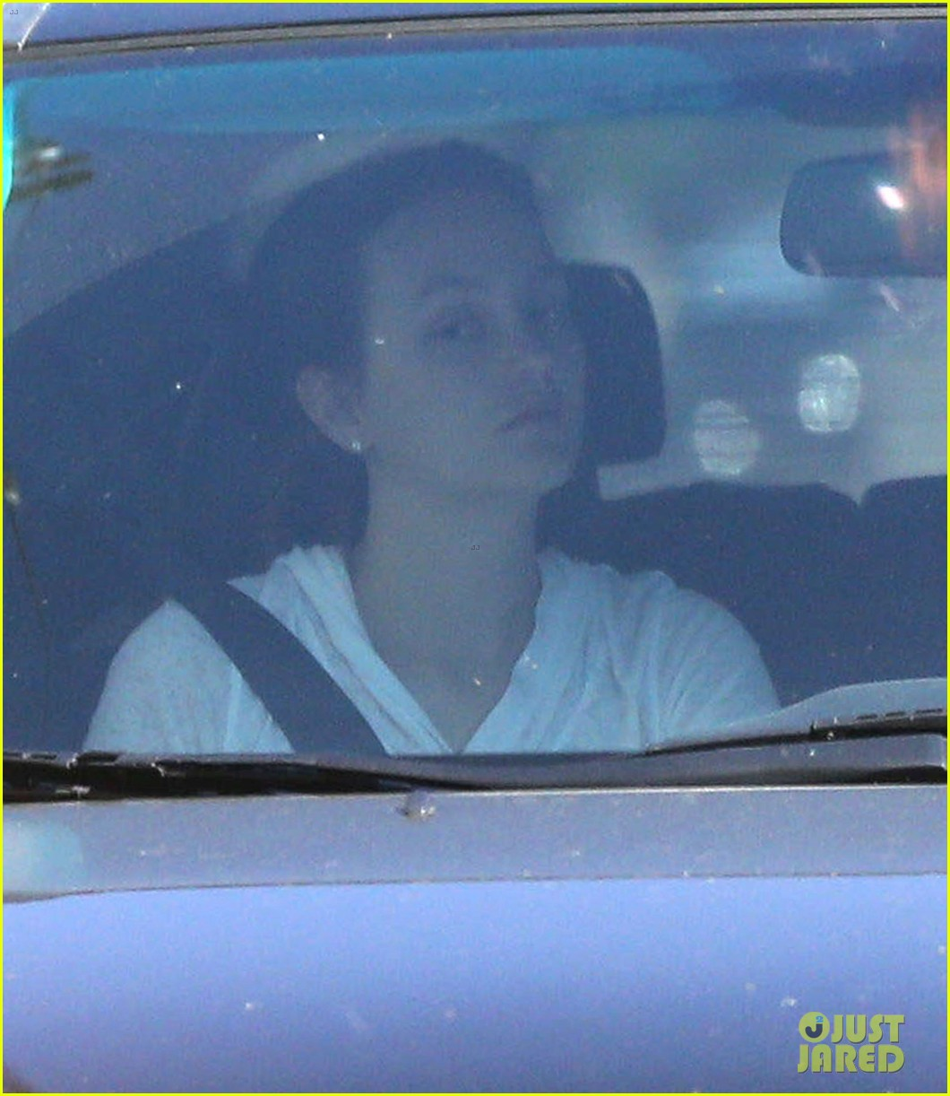 leighton meester adam brody early morning drive 072831916