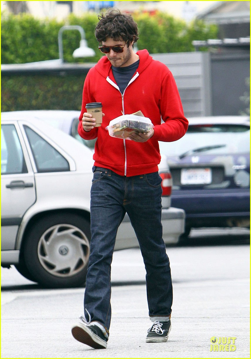leighton meester adam brody separate lunch outings 092830571