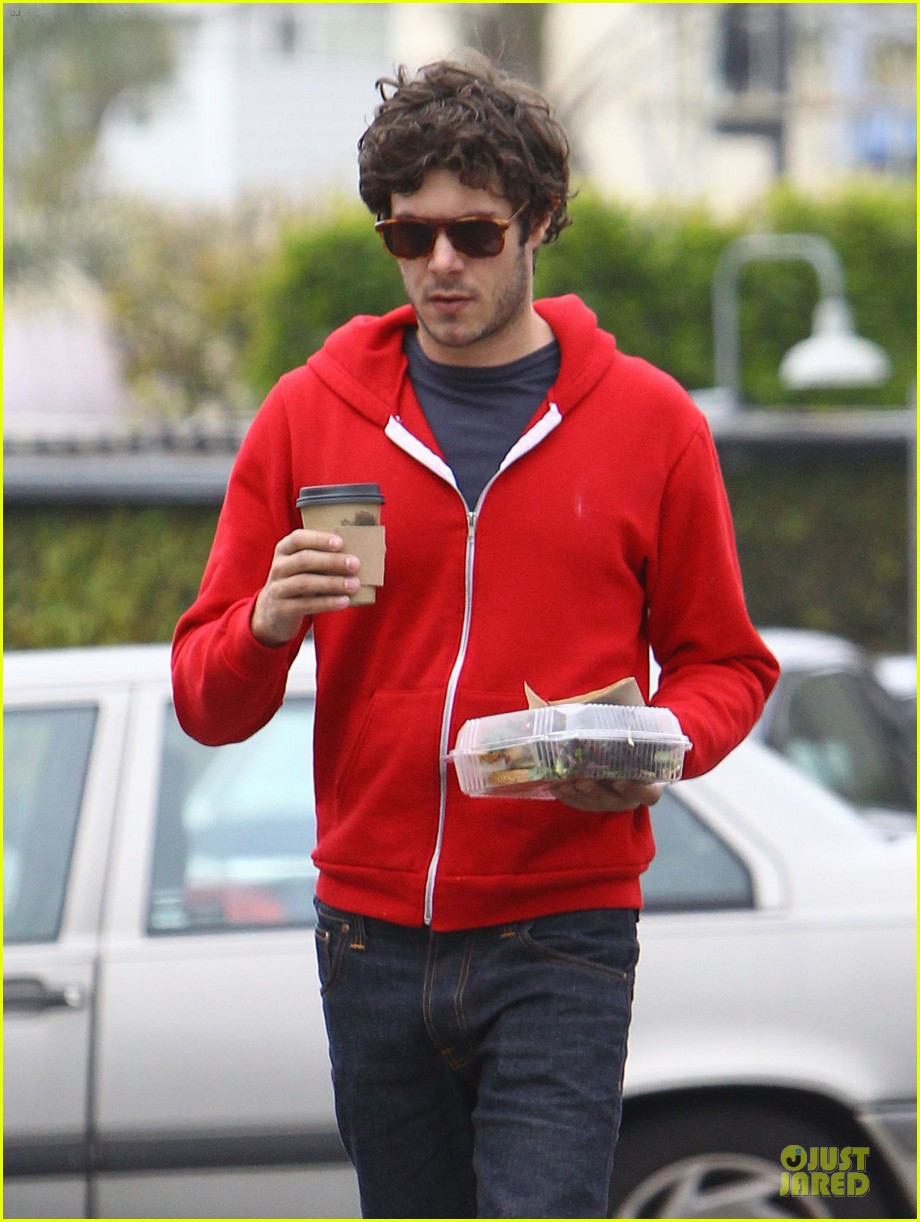 leighton meester adam brody separate lunch outings 10