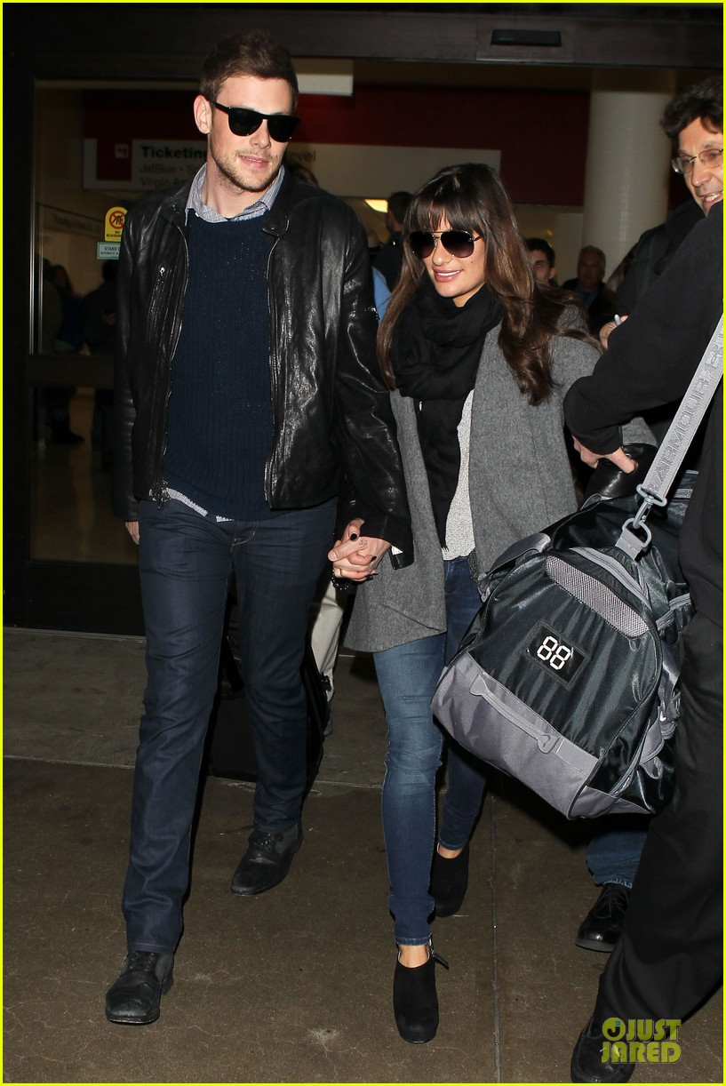lea michele cory monteith snowy new york departure 01