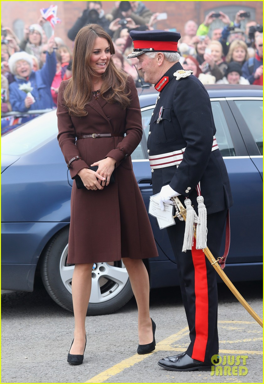 kate middleton pregnant national fishing heritage center visit 052825439