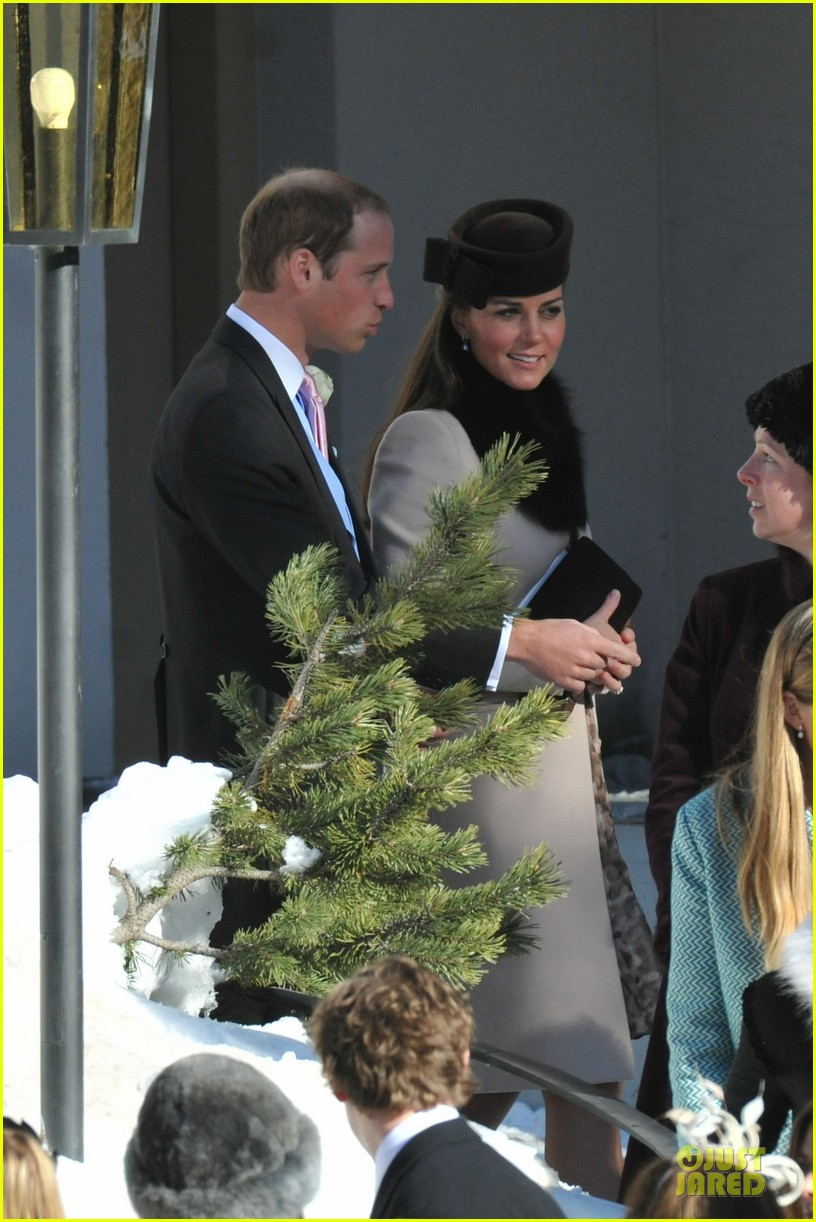 kate middleton prince william swiss wedding with prince harry 05