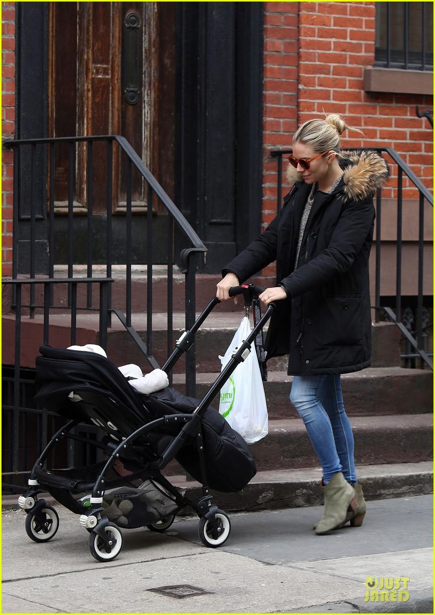 sienna miller stroller pushing with marlowe 082829740