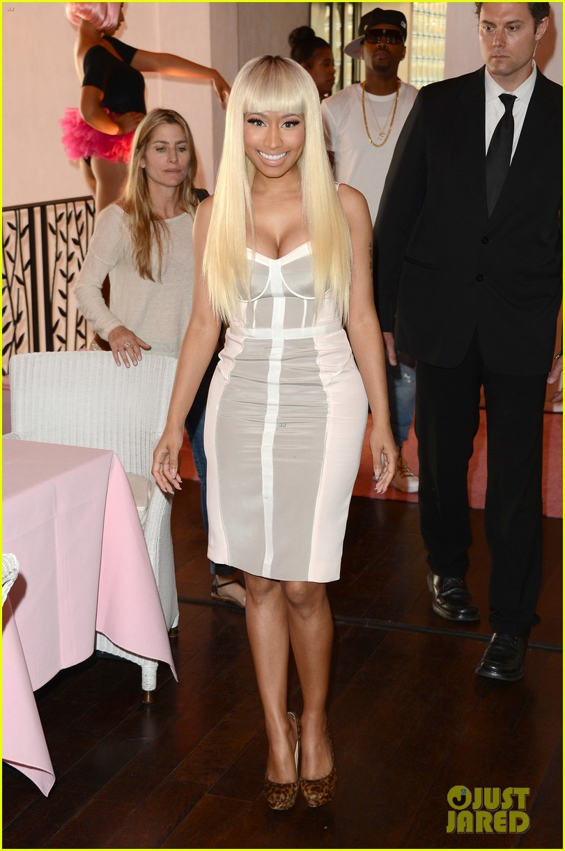 nicki minaj kmart collection event 012823314
