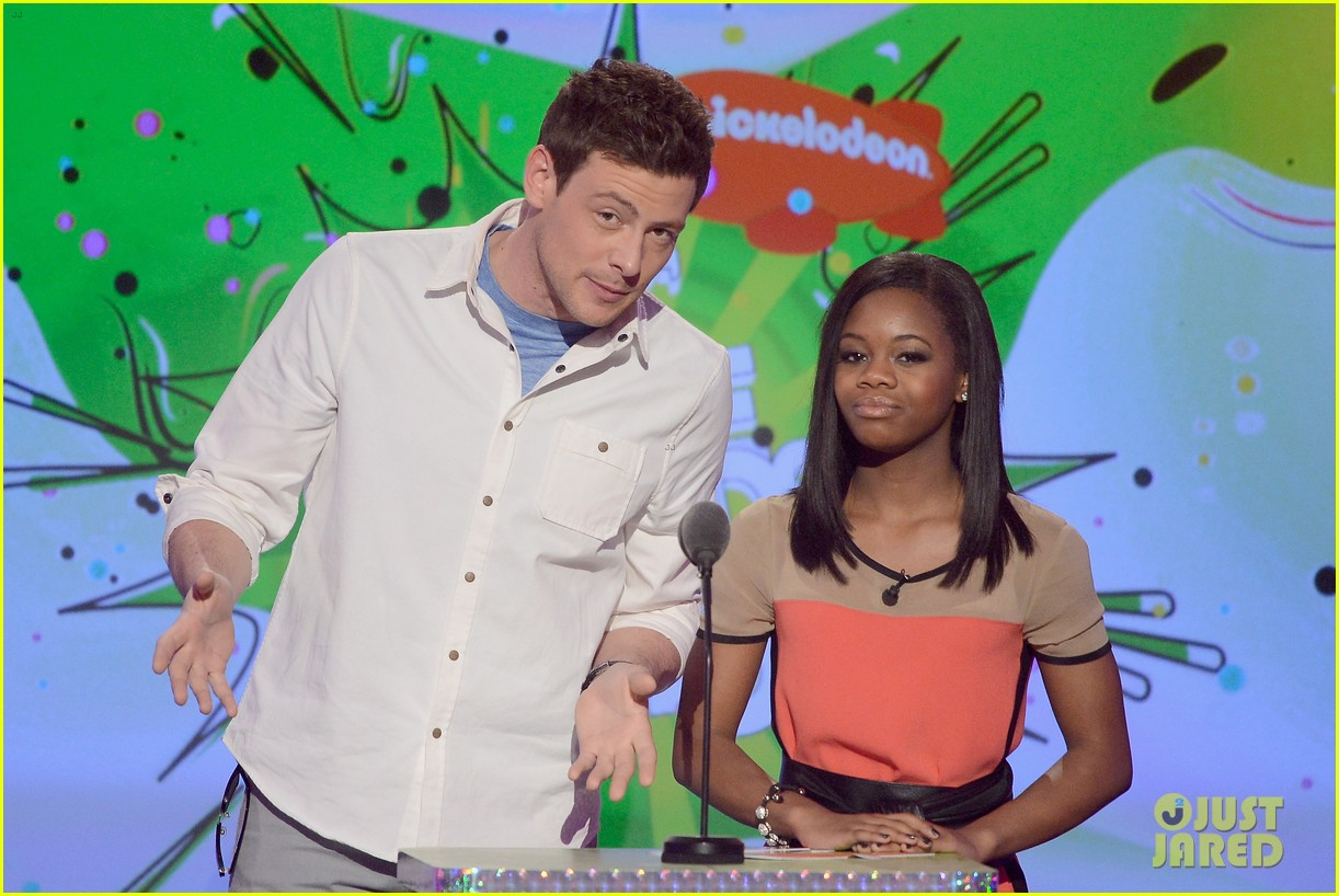 cory monteith gabby douglas kids choice awards 2013 102836653