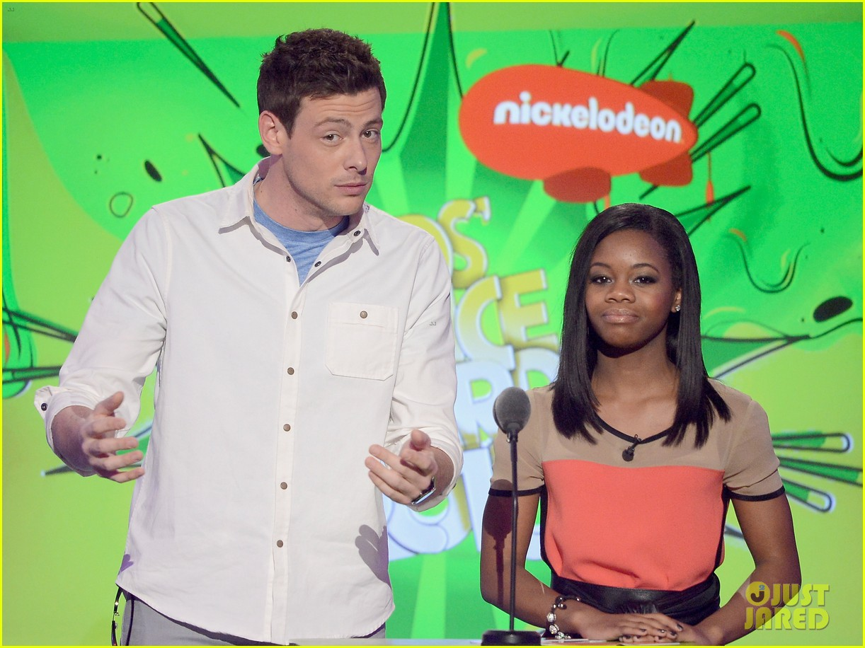 cory monteith gabby douglas kids choice awards 2013 132836656