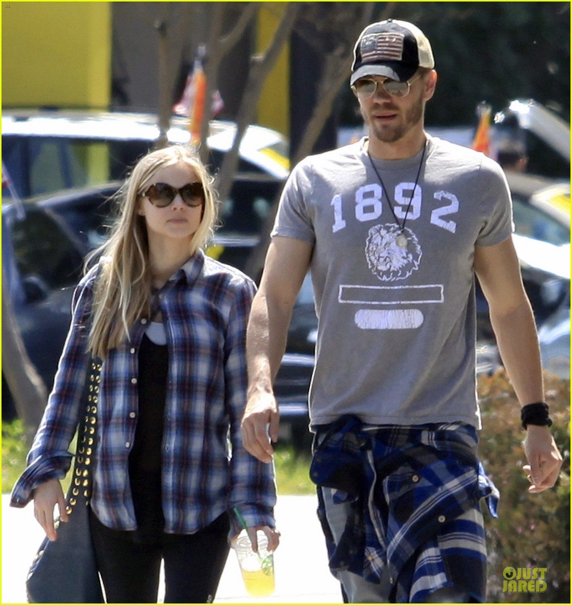 chad michael murray kenzie dalton plaid matching couple 132836309